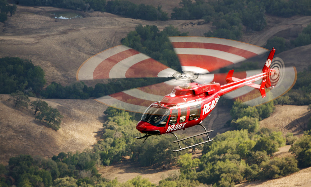Bell-407-over-Land